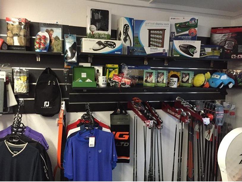 Jak powinna wyglądać reklama sklepu golfowego?