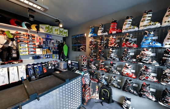 Jak sklep narciarski może utrzymać poziom sprzedaży podczas kryzysu?